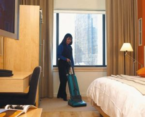 hotel-room-cleaning