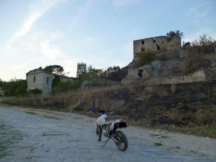 IMAGINI CU ORASELE FANTOMA DIN ITALIA! Tu ai putea locui aici15
