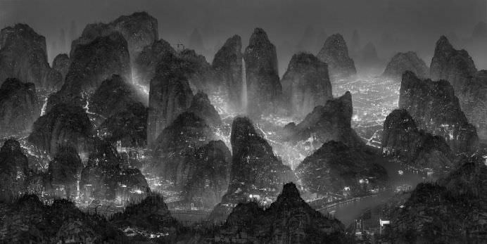 IMAGINI DEMENTIALE cu PICTURI DIGITALE in CHINA!10