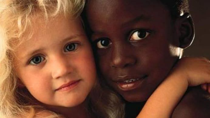 IMAGINI ADEVARATE care ne ajuta sa spunem NU RASISMULUI!12