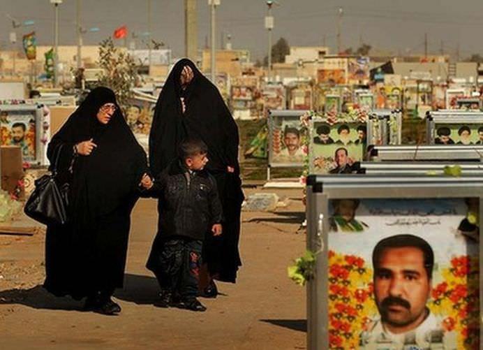 IMAGINI RARE cu cel mai mare cimitir din lume Wadi al-Salam! FOTO + VIDEO10