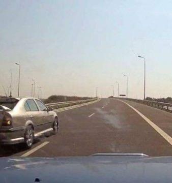 El este sibianul care a uimit intreaga ROMANIE! Uite cum mergea in MARSARIER pe AUTOSTRADA! VIDEO