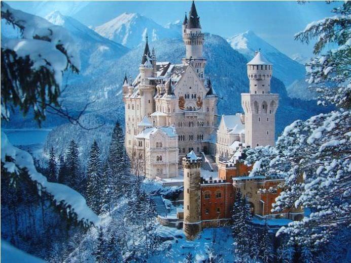 Trei CASTELE din Romania printre cele mai frumoase din lume! Voteaza-le si tu ca sa fie pe primul loc in acest top!15
