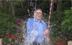 Boala virala care a lovit sute de milioane de internauti din toata lumea! Ice bucket challenges!