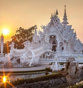 IMAGINI SPECTACULOASE cu TEMPLUL BUDIST din THAILANDA!0
