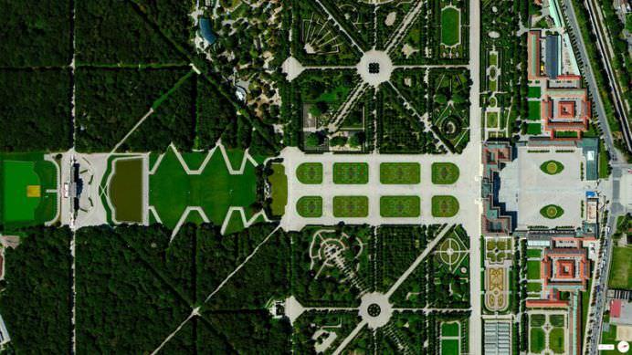 IMAGINI ULUITOARE din satelit care iti vor schimba perspectiva asupra LUMII!17