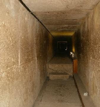MISTER dezlegat dupa 4.500 de ani! Ce ascundea CAMERA SECRETA din PIRAMIDA lui KEOPS!1