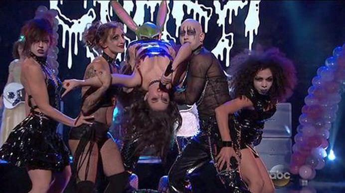 ILLUMINATI au facut praf editia 2014 a American Music Awards!3